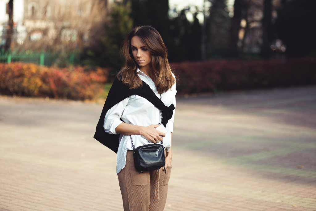 OUTFIT CLASSY AND SIMPLE