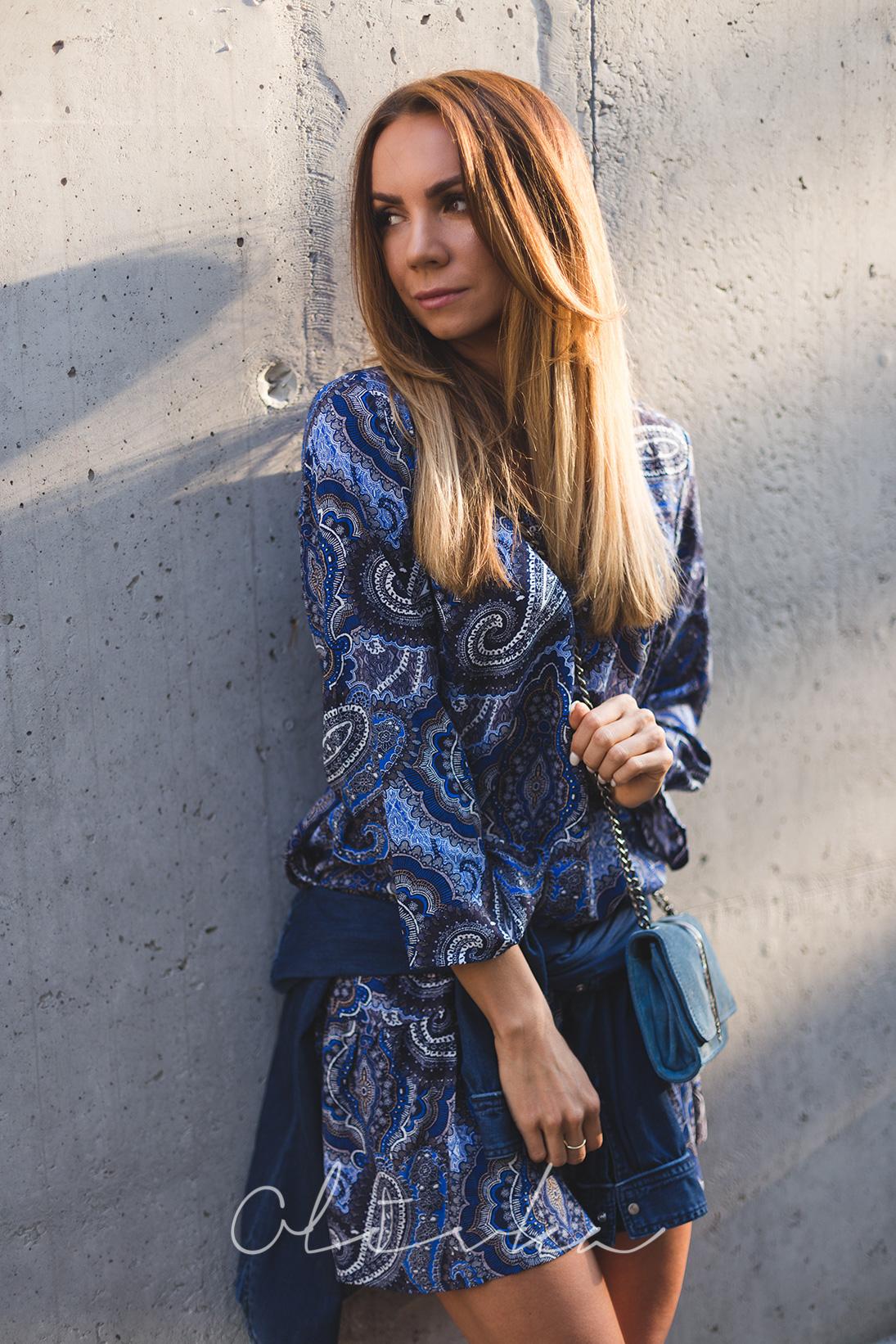 W odcieniach błękitu – idealna letnia sukienka