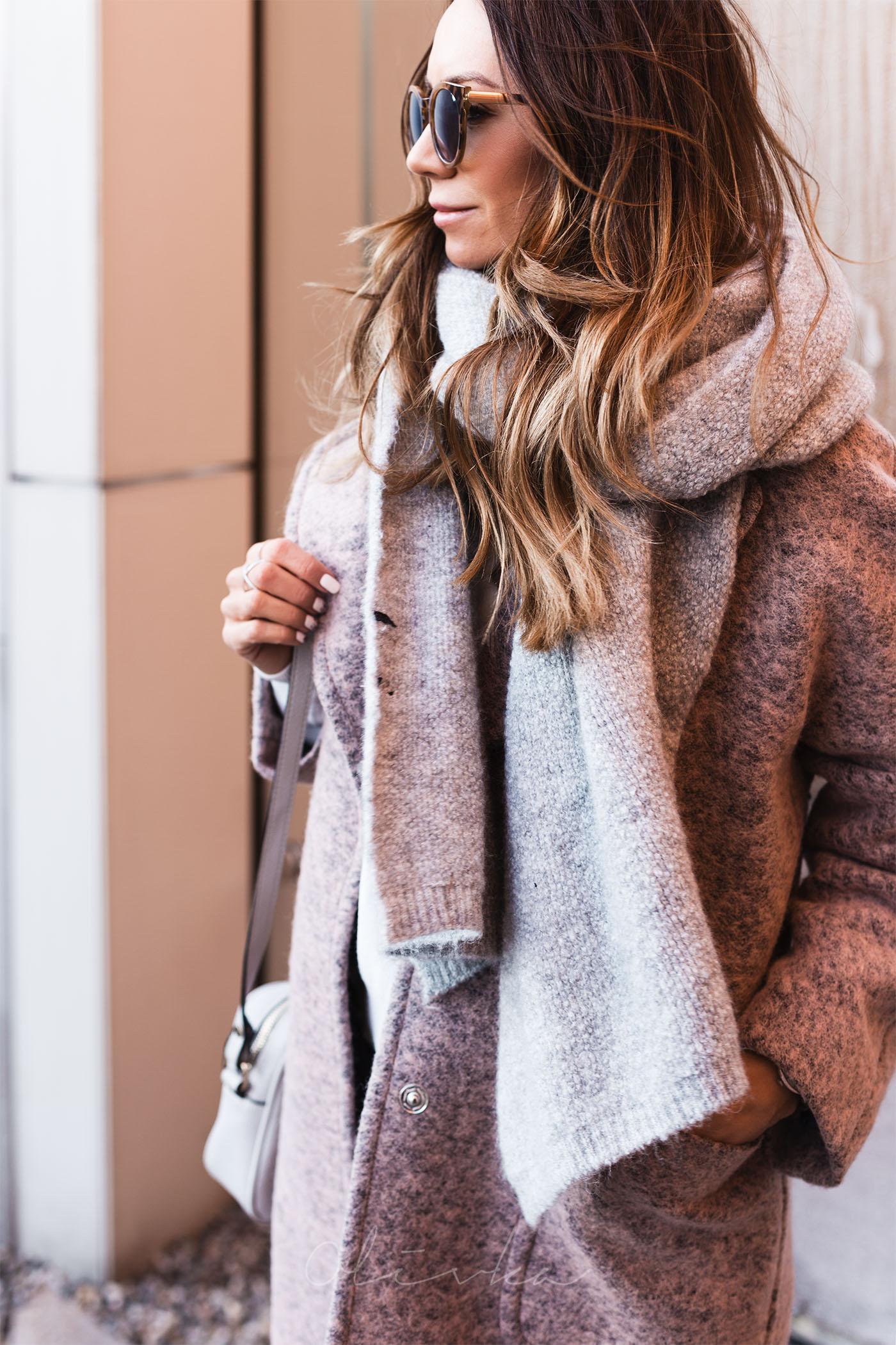 Płaszcz wełniany, płaszcz aggi, olivka blog, modna mama, szal zara