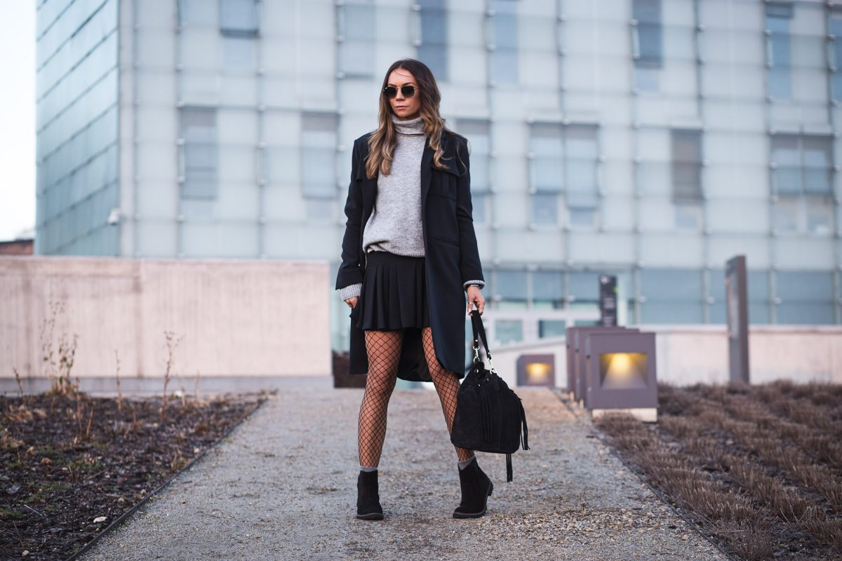 Classy black outfit