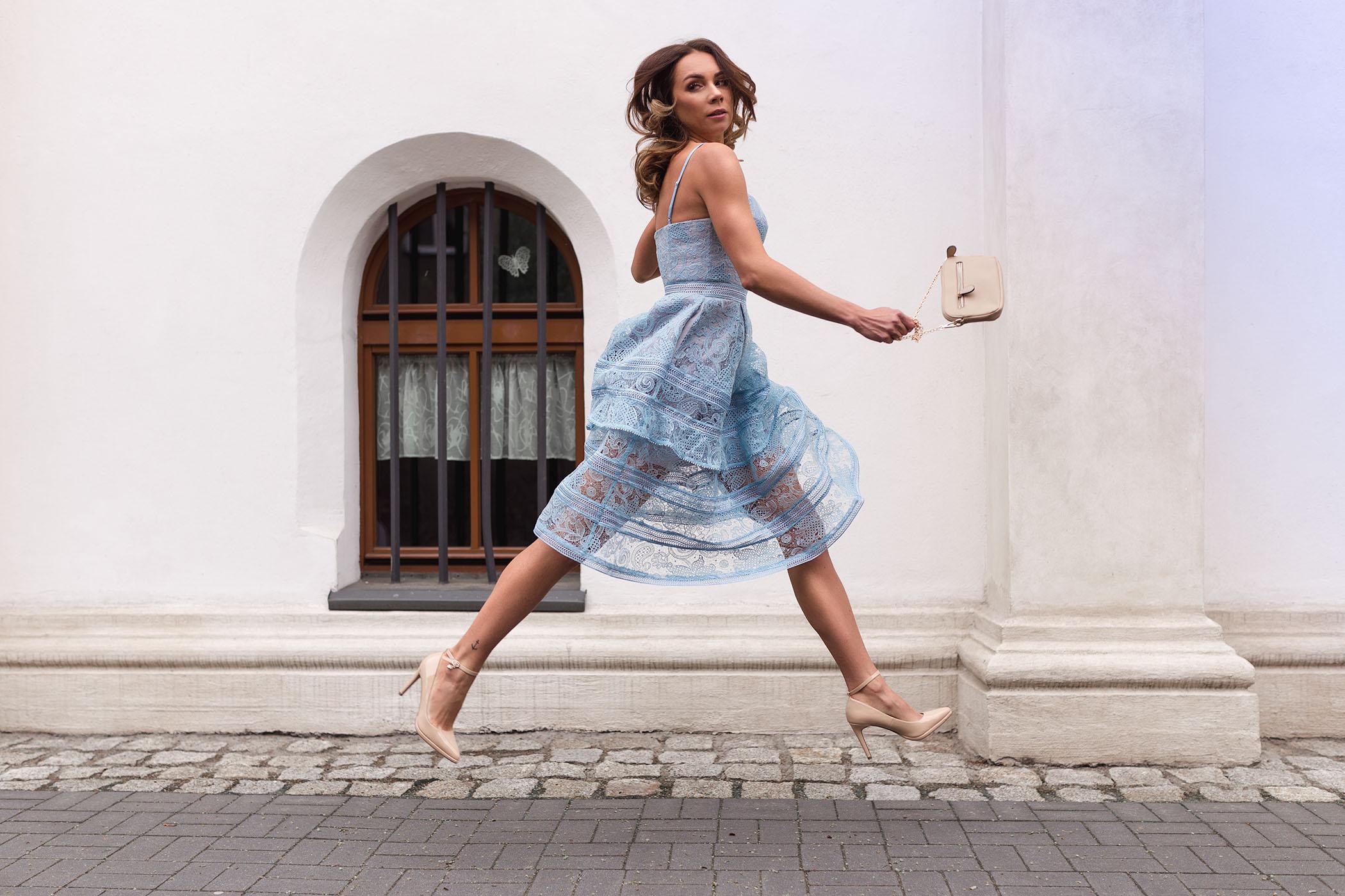 7b285cf957e Sukienka Self Portrait, wypożyczalnia sukienek od projektantów, Self  Portrait różowa, Love The Dress
