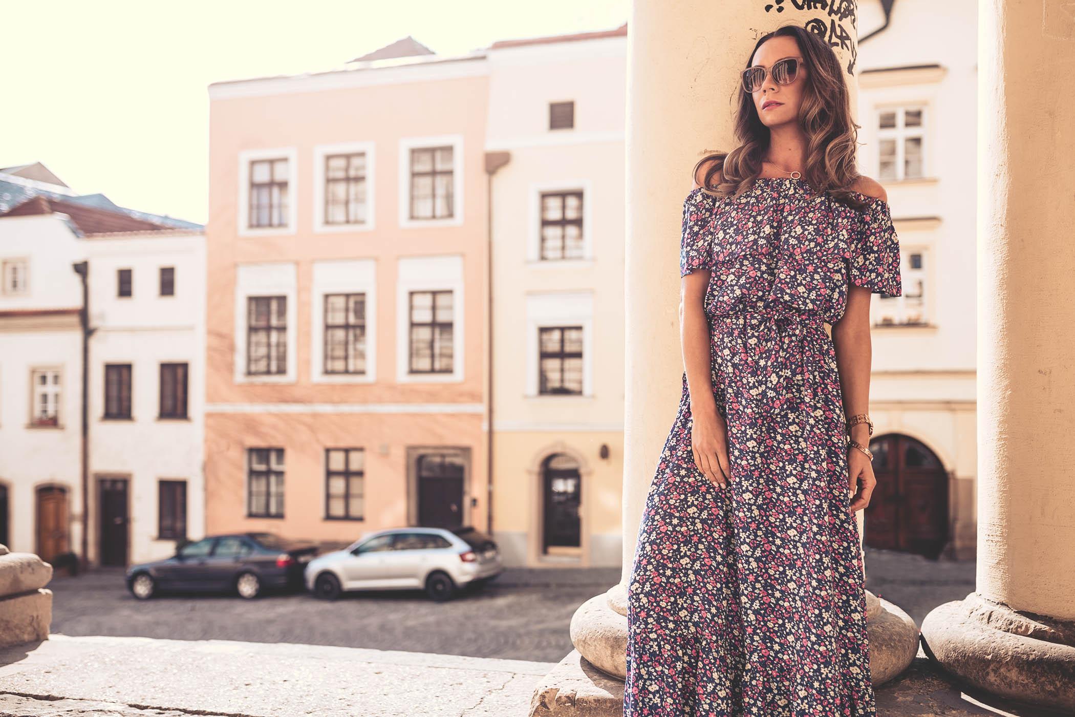 Ołomuniec, Olomouc, miasto Ołomuniec, Polanka fashion, sukienki w kwiaty, olivka blog