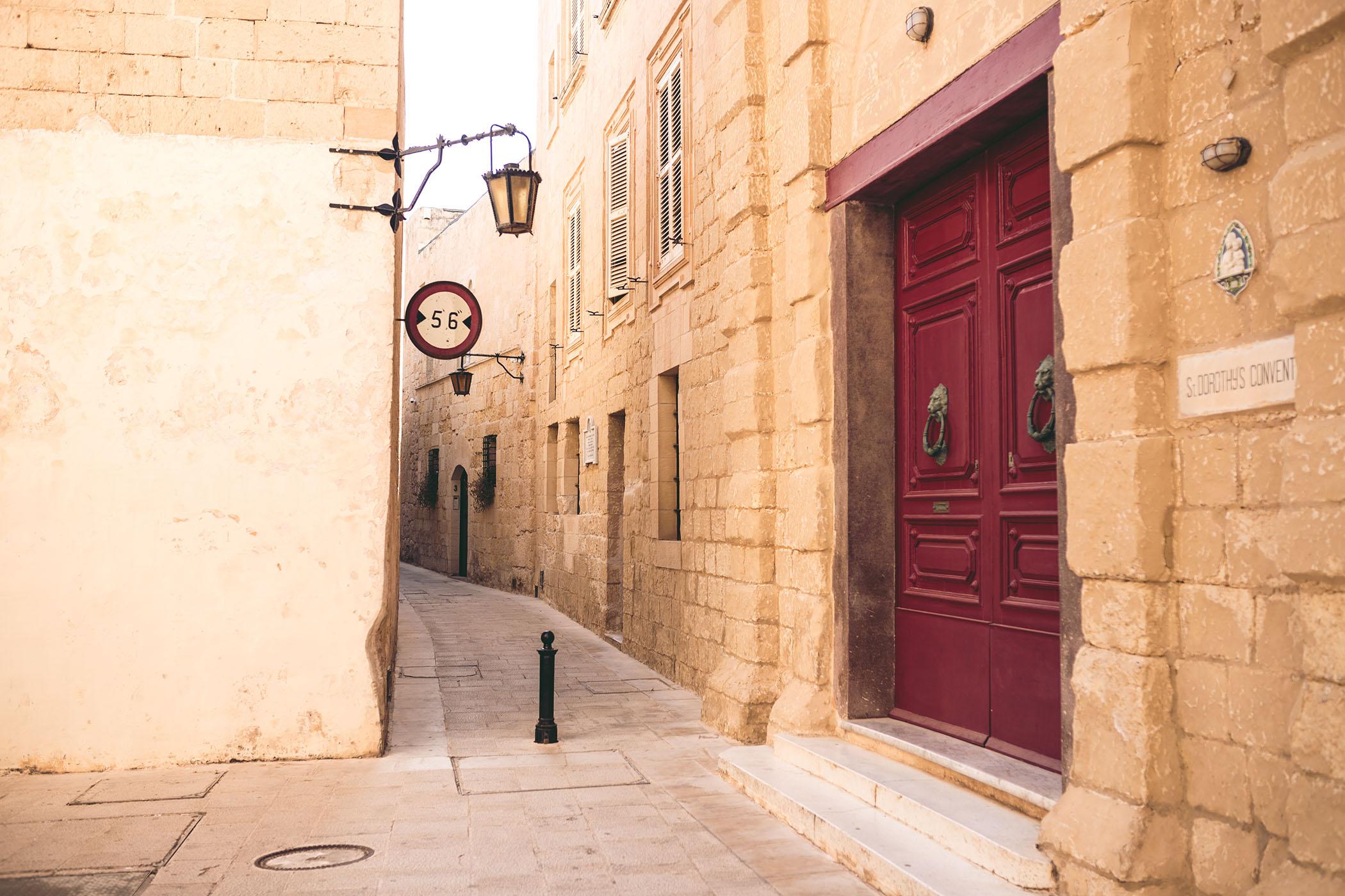 Mdina - miasto ciszy, miasto ciszy Malta, Atrakcje na Malcie, echo fashion,