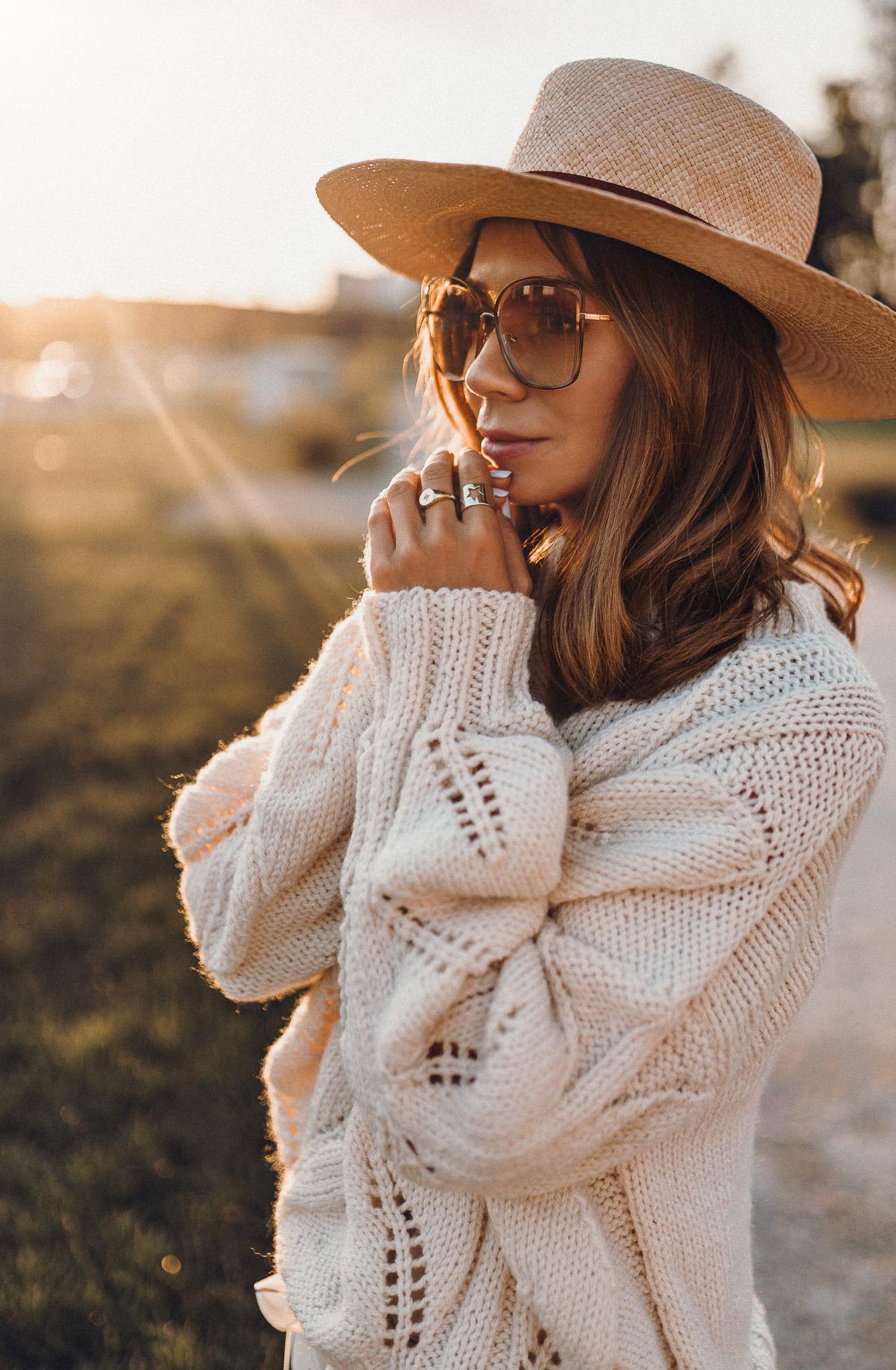 Okulary Chloè, sweter na drutach, sweter z wełny handmade, divya nguyen, polska wiklina, torebka z wikliny