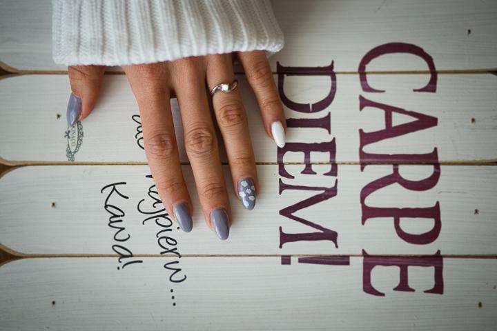 Manicure w kolorach pasteli