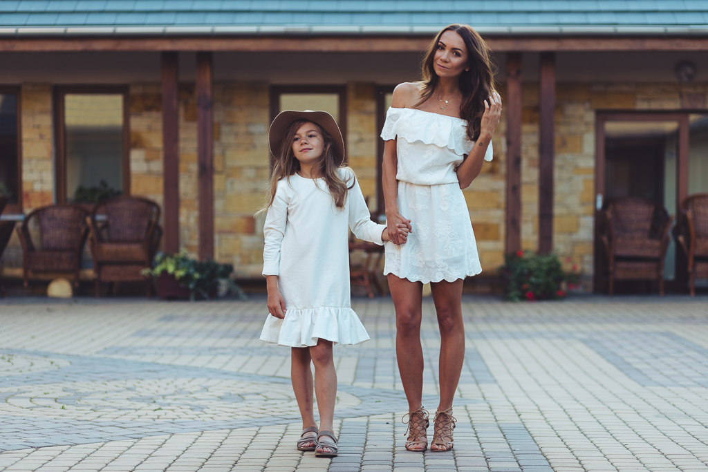 Lato w bieli