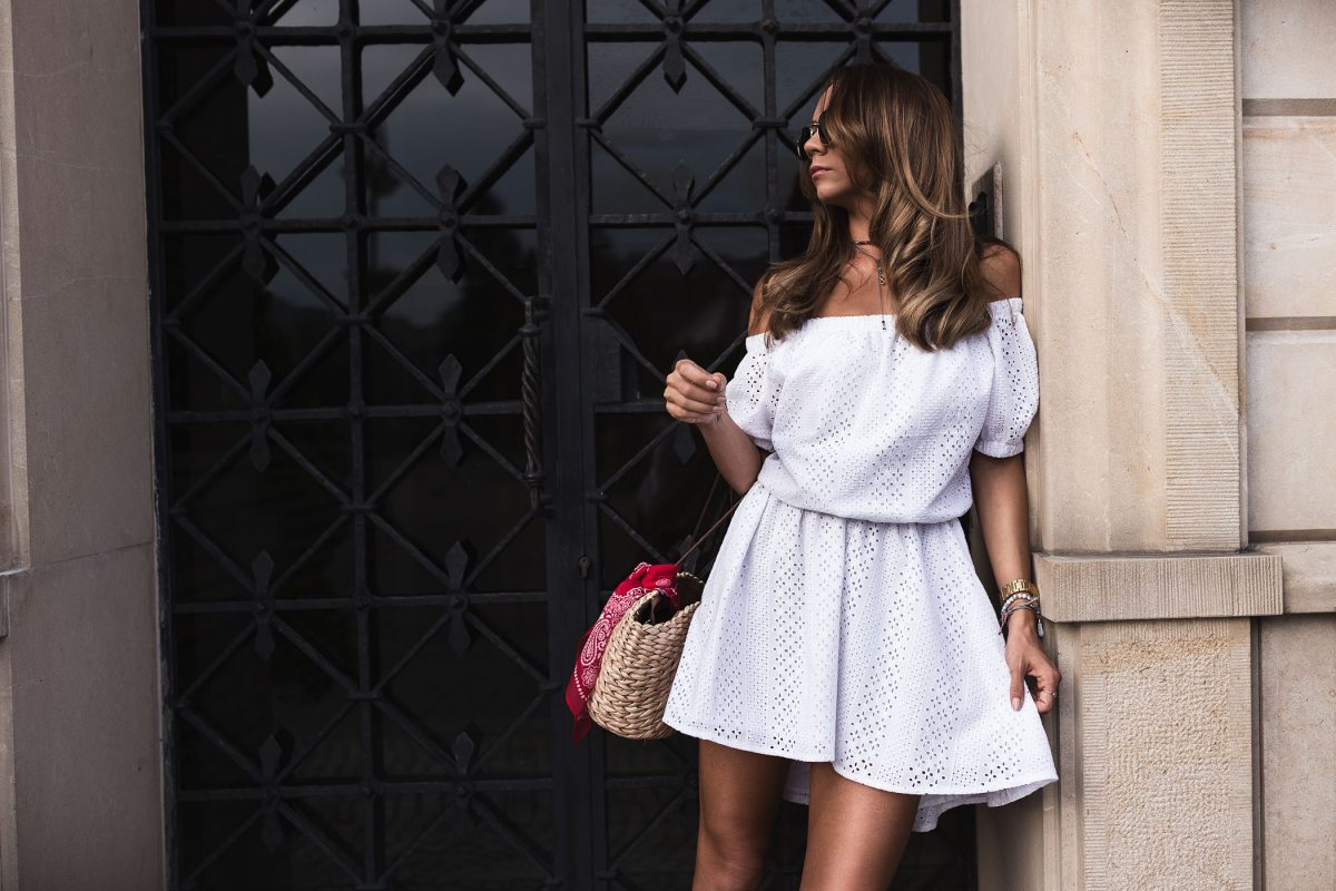 OOTD WHITE LOVELY DRESS