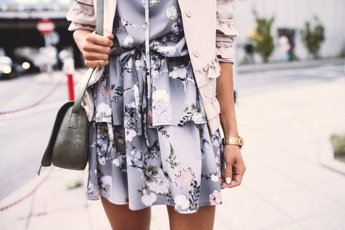 DATE WITH FLOWER DRESS