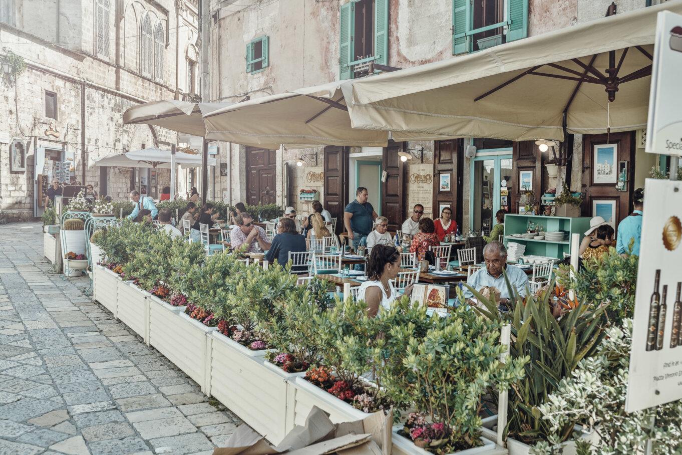 Restauracja w cenntrum Polignano a Mare