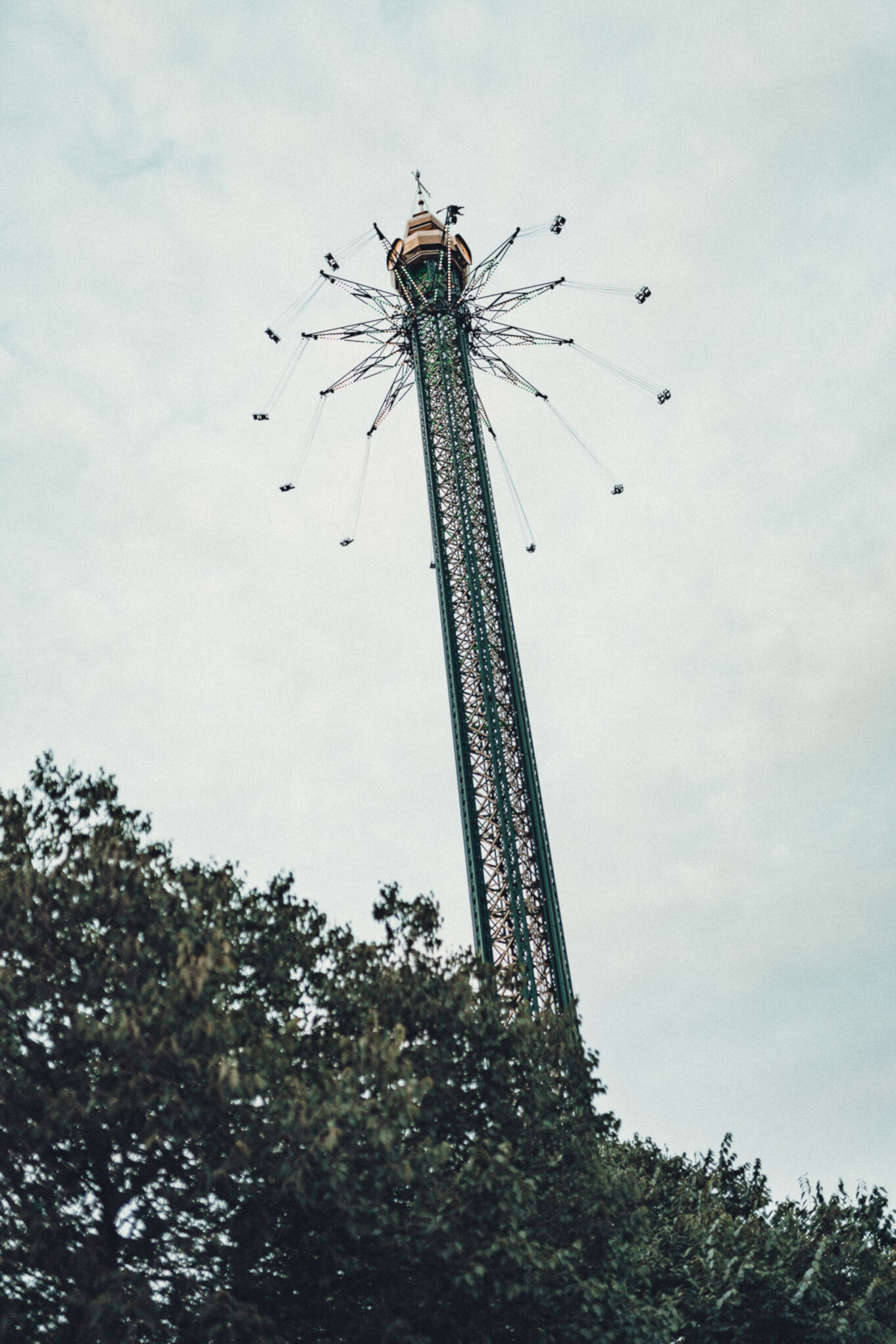 Karuzela krzesełkowa w parku rozrywki Prater