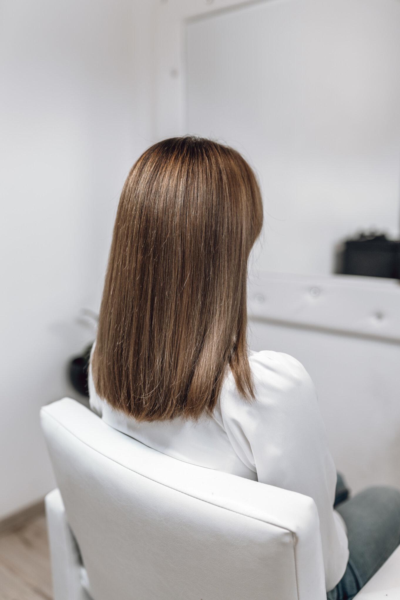 Przedłużanie włosów krótkich
