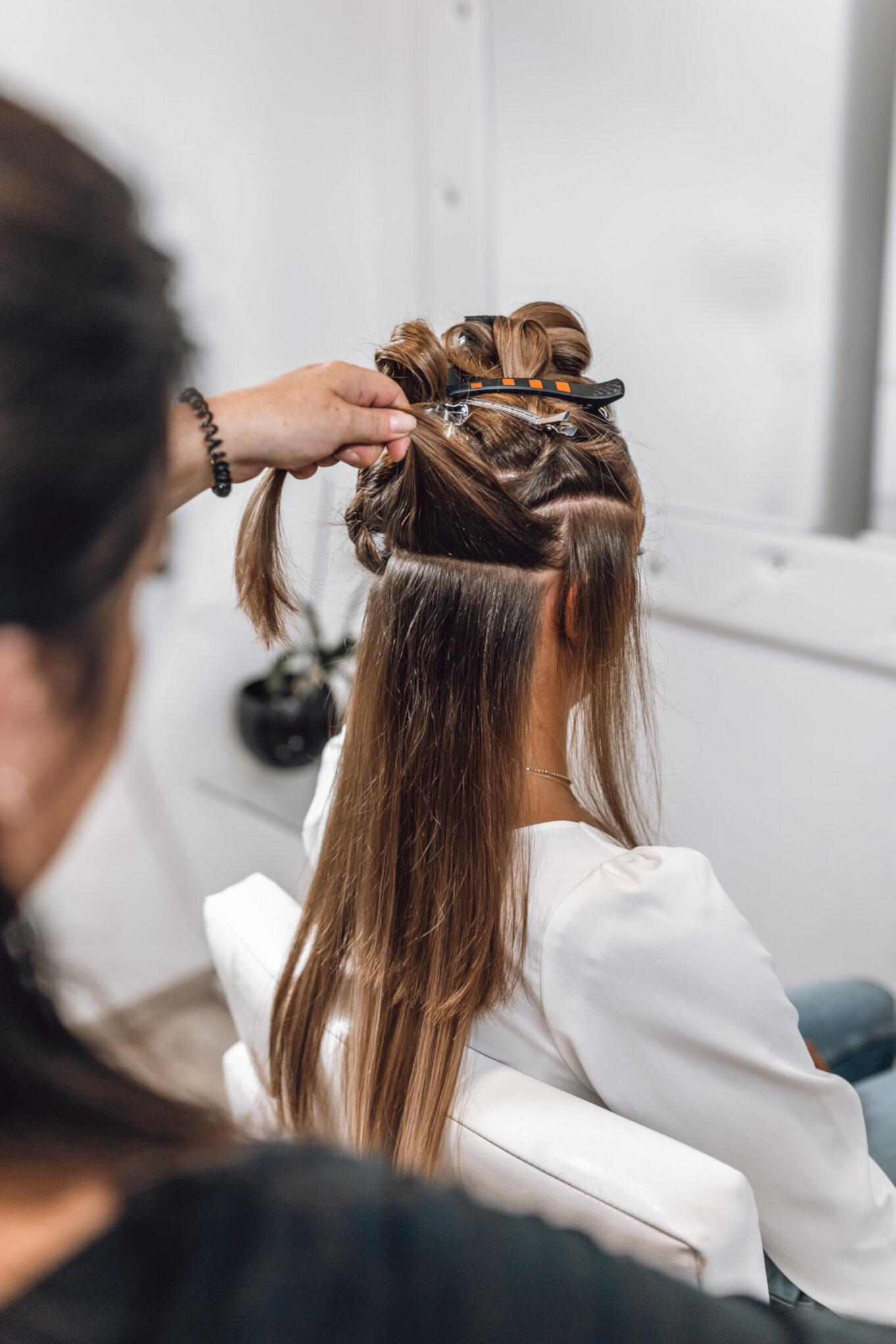 Doczepianie włosów Hair talk
