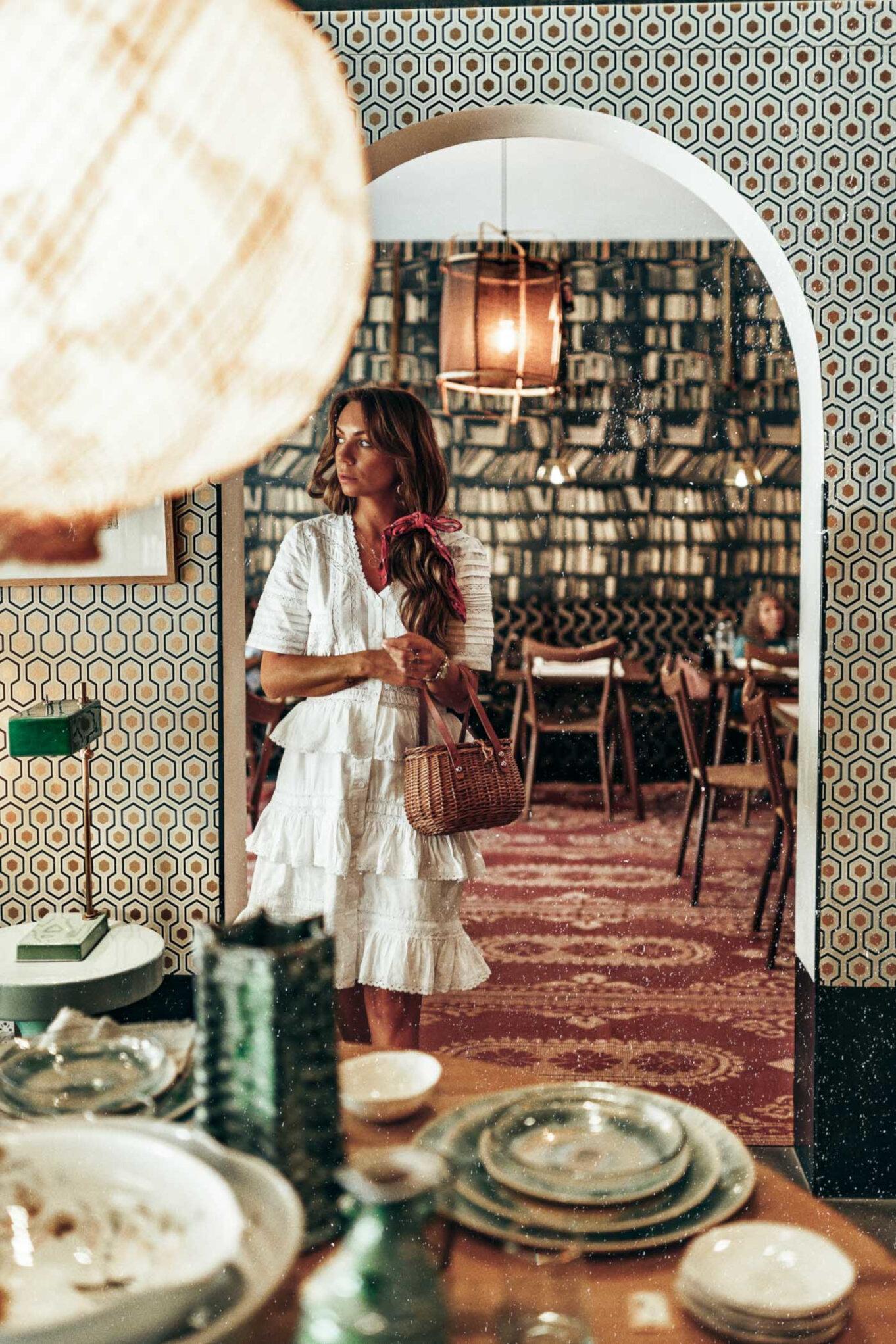 Sklep Comptoir 102 w Dubaju z ubraniami, biżuterią i meblami niszowych marek