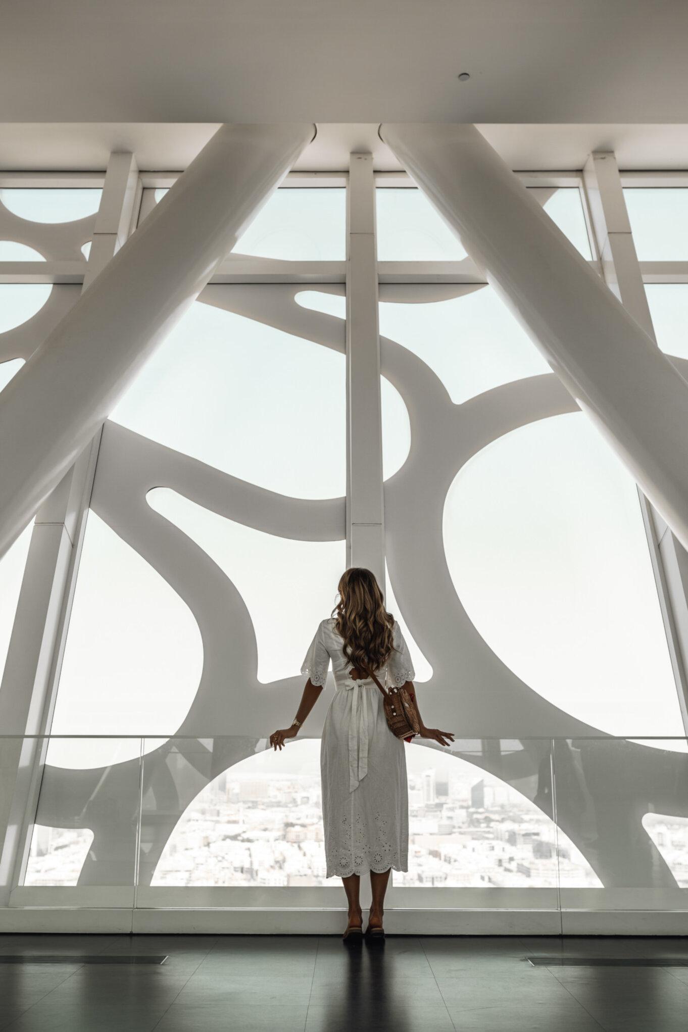 Widoki z wnętrza Dubai Frame