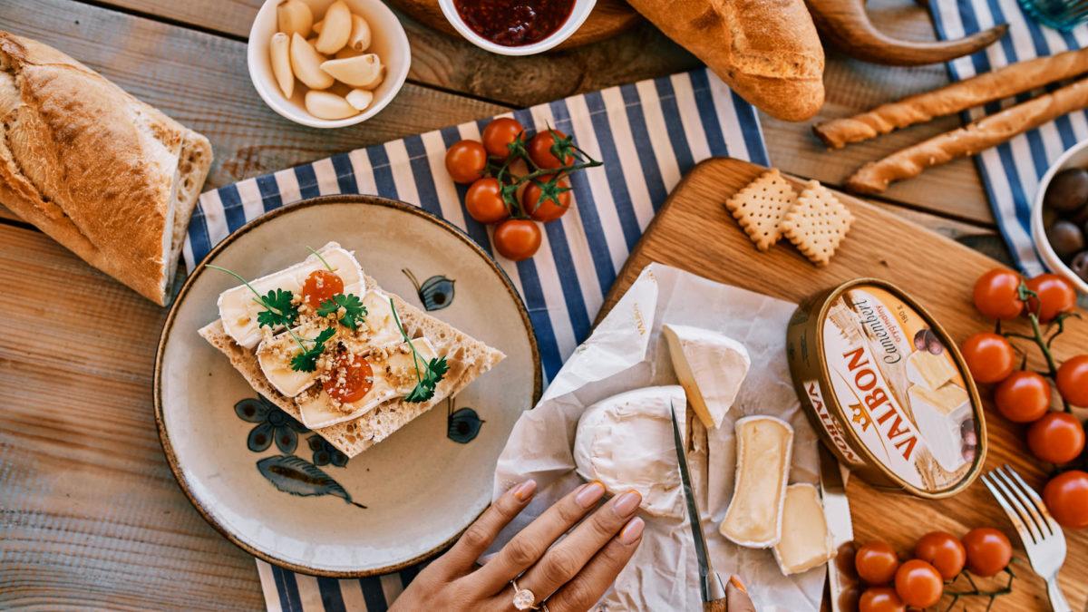 Chwila oddechu – wykwintna deska ser i wino