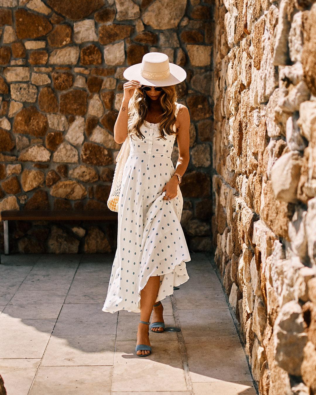 Idealna sukienka na upalne dni
