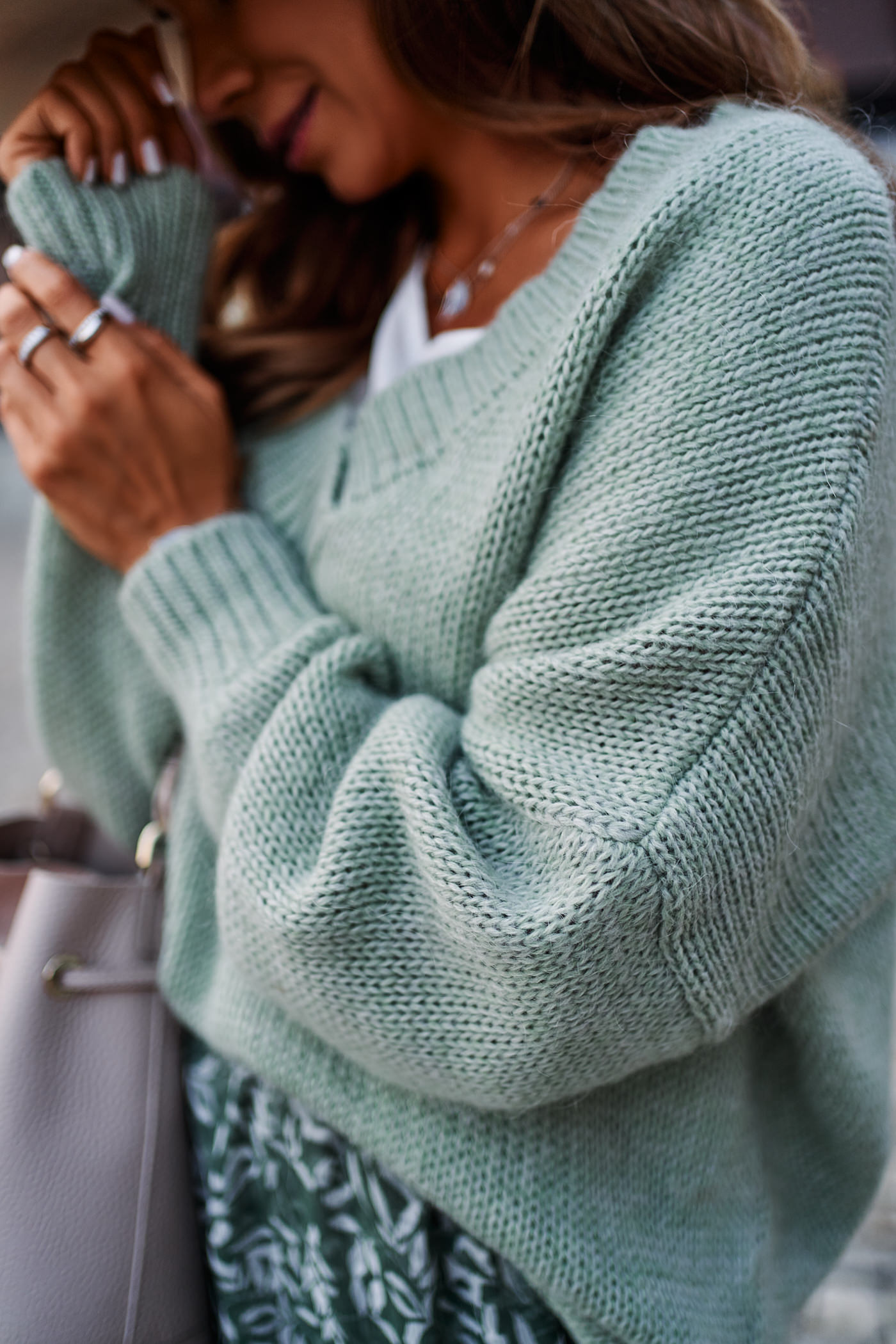 sweter close, sweter moher,