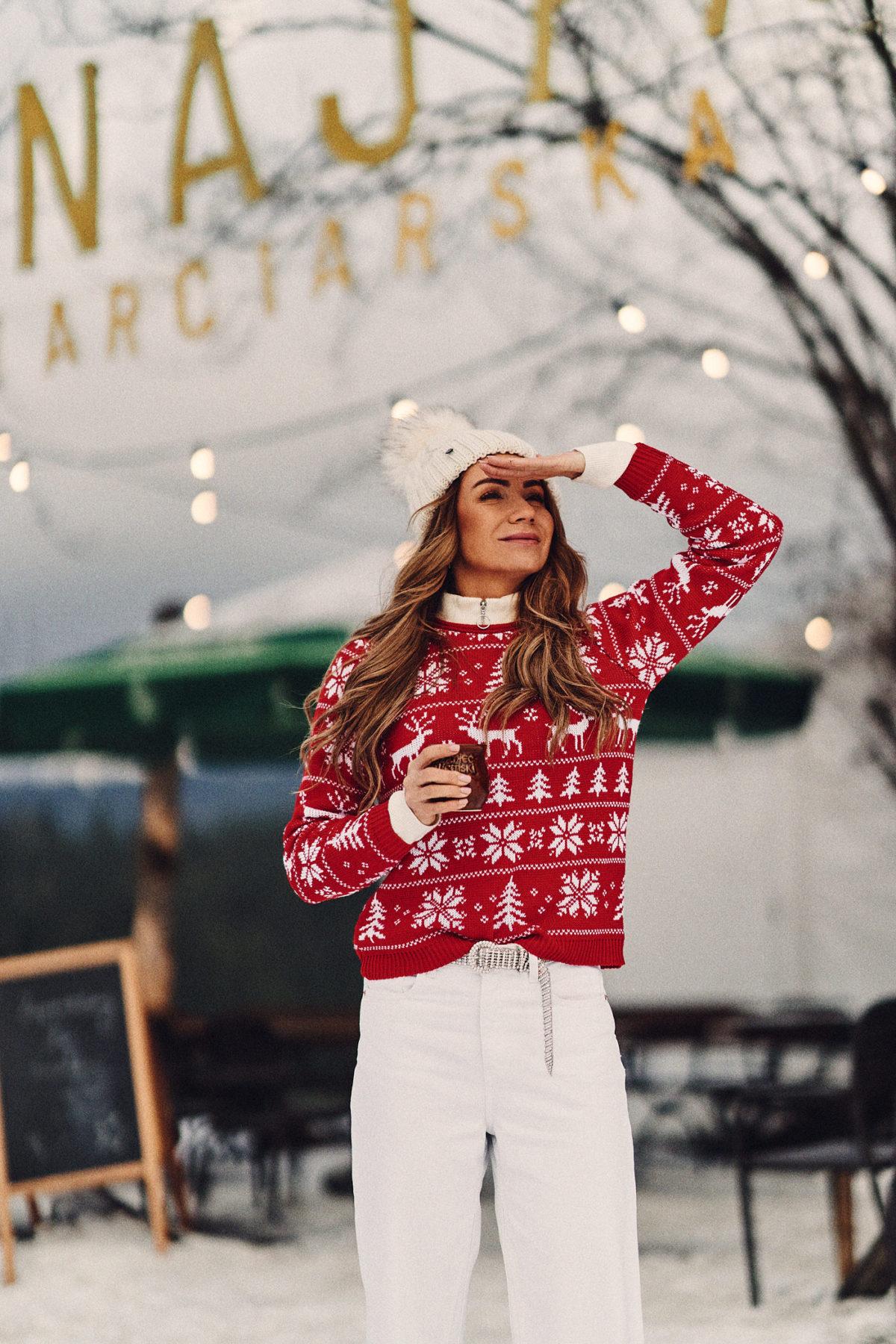 Świąteczny sweter- wyjątkowy prezent nie tylko pod choinkę