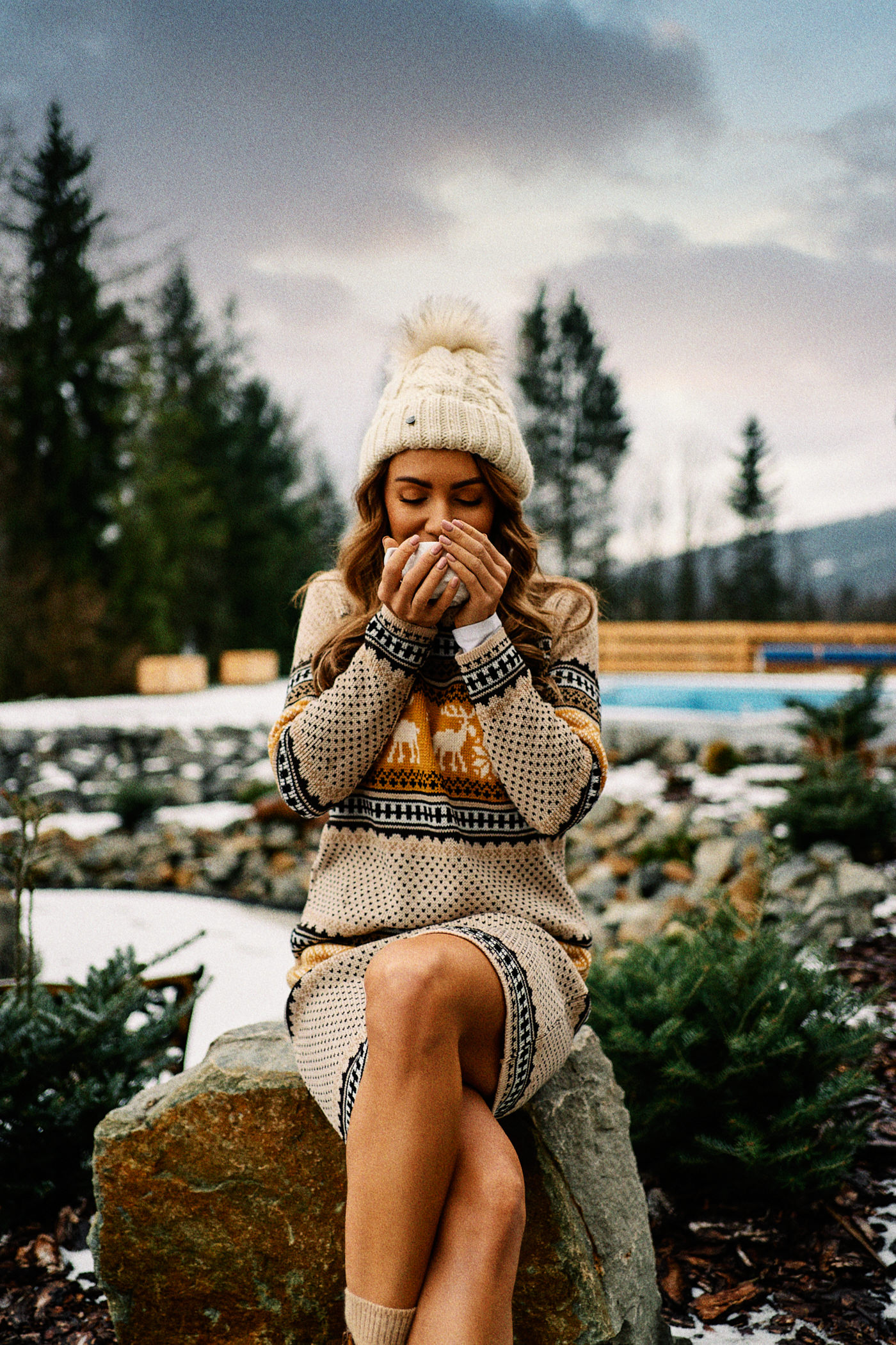 sweter zimowy, sweter w renifery, sweter na święta, willa zaolzie istebna